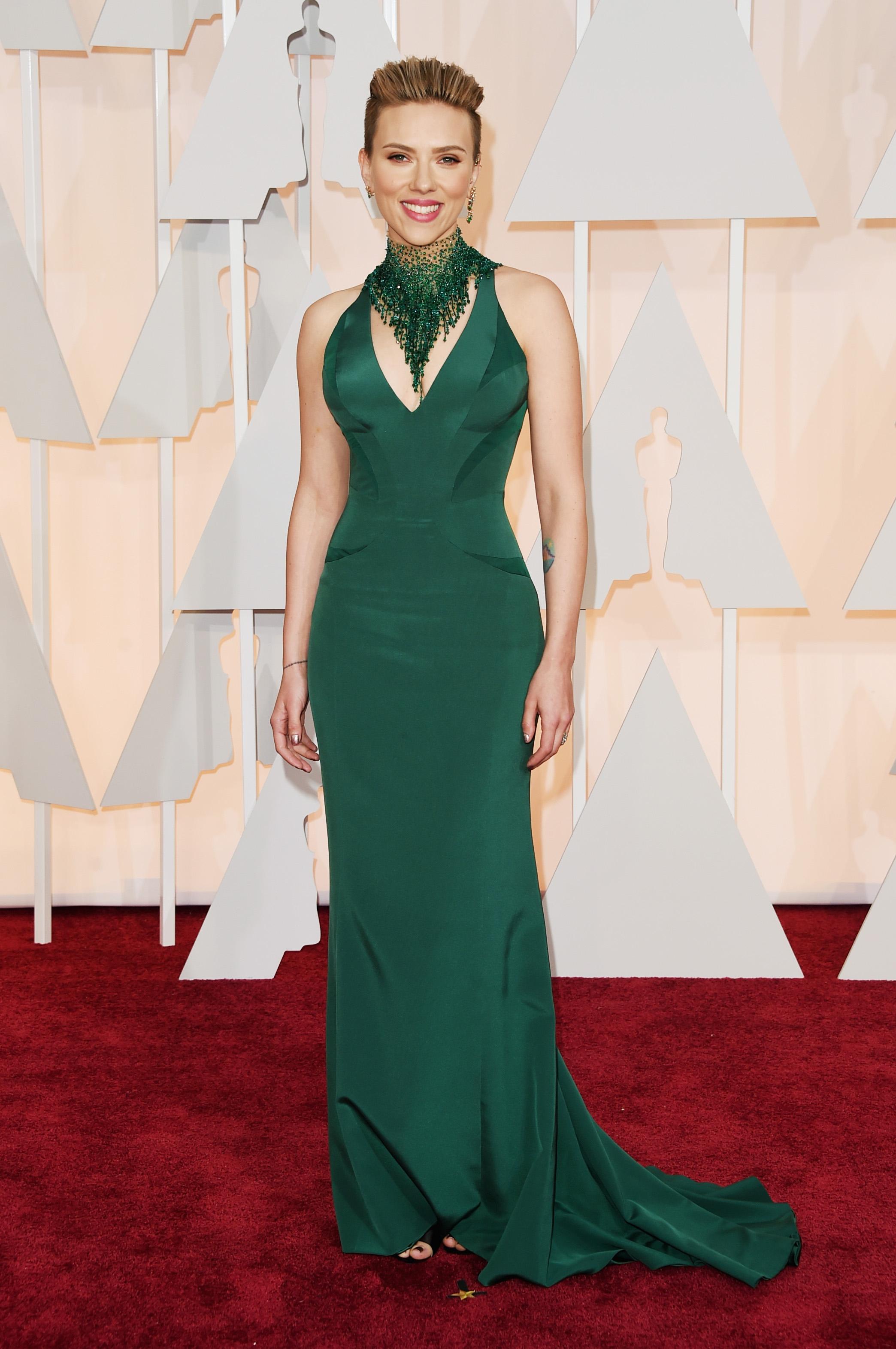 Scarlett johansson de atelier Versace